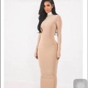 Dresses & Skirts - Maxi bodycon dress